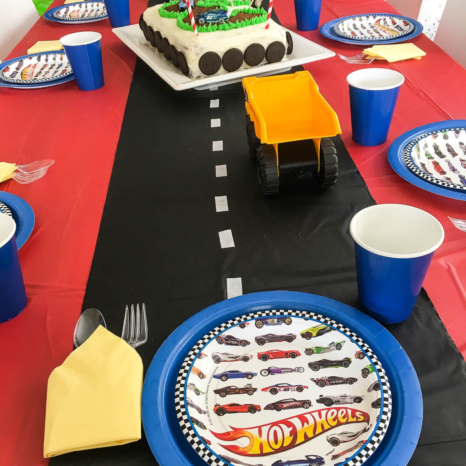 Fast And Easy Ideas For An Awesome Race Car Birthday Party Homemaker S Habitat
